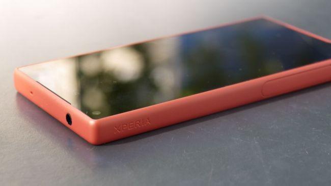 Sony Xperia X Compact'tan ilk görüntü!