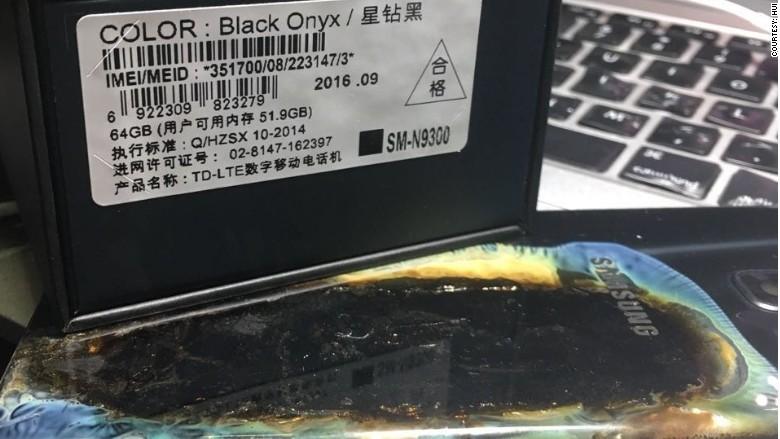 Galaxy Note 7 yine patladı, yanındaki cihazı da yaktı!