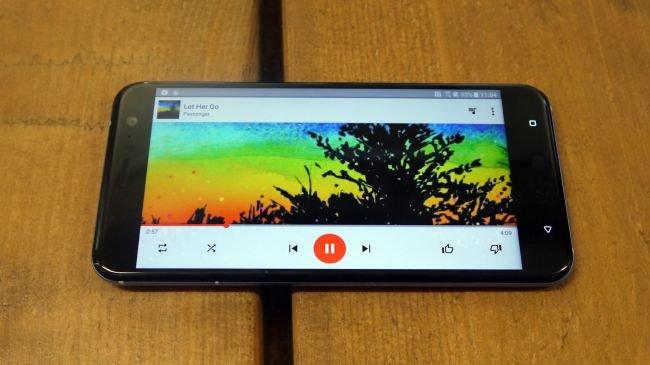 HTC U11 vs. Samsung Galaxy S8: Hangisi Daha İyi?