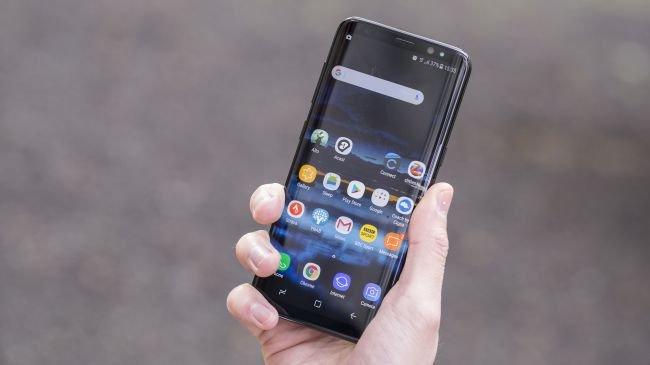 1. Samsung Galaxy S8