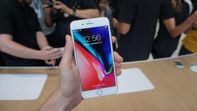 iPhone 8 Plus'ı Denedik! İşte İlk Yorumumuz