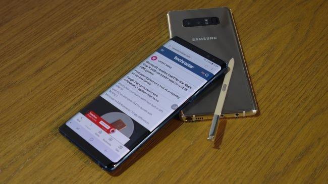 iPhone X vs Galaxy Note 8: İşletim Sistemi ve Güç