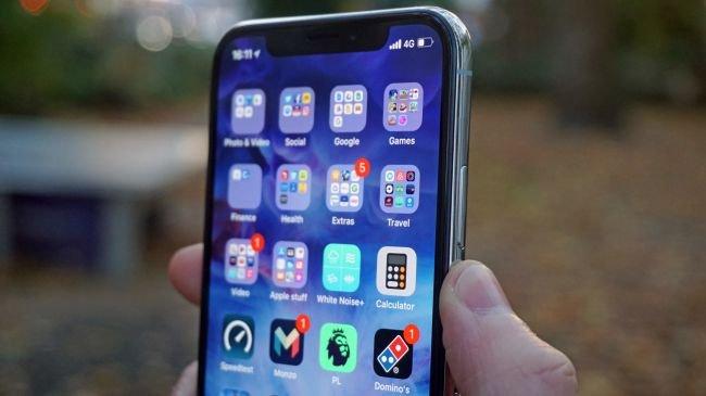 Apple, OLED'e Geçmek İçin Neden Bu Kadar Bekledi?