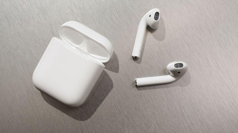 Apple'ın Yeni Kulaklığı AirPods 2 Ortaya Çıkıyor