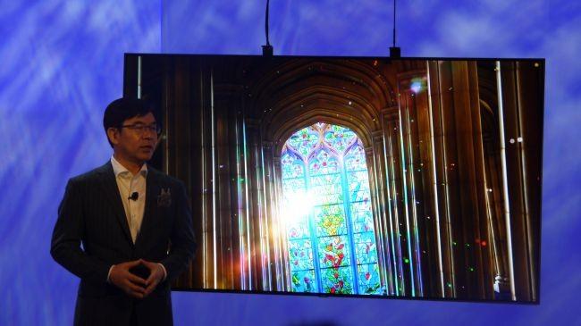 Samsung'tan Yeni Q8 Curved ve Q9 Flat QLED TV