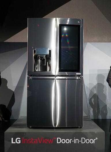 LG'den 29 inç ekranlı akıllı buzdolabı!