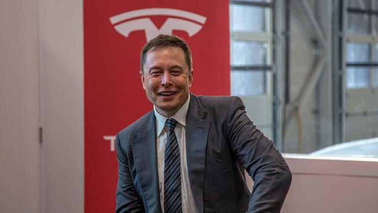 Tesla'nın Sıradaki Teknolojisi: Tırlar