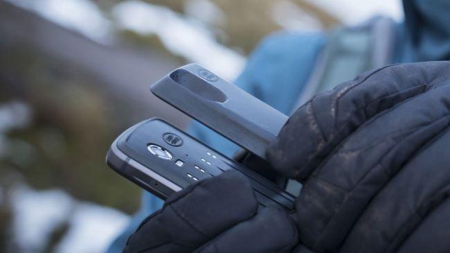 """Land Rover Explorer: """"En Dayanıklı Telefon"""""""