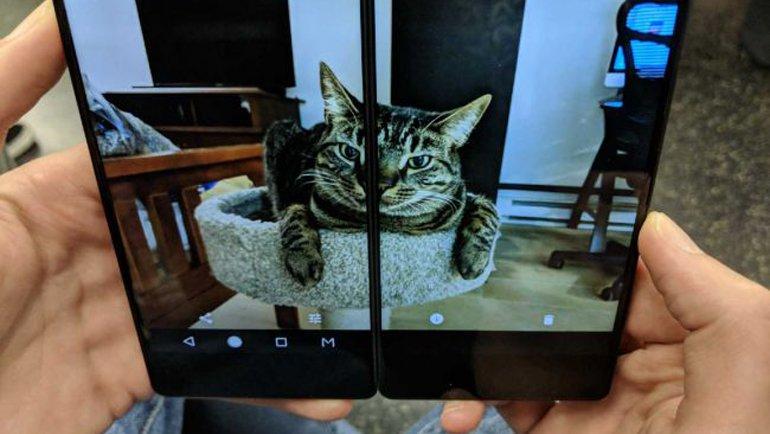 Huawei, Şimdi de Katlanabilir Telefon Üretecek!