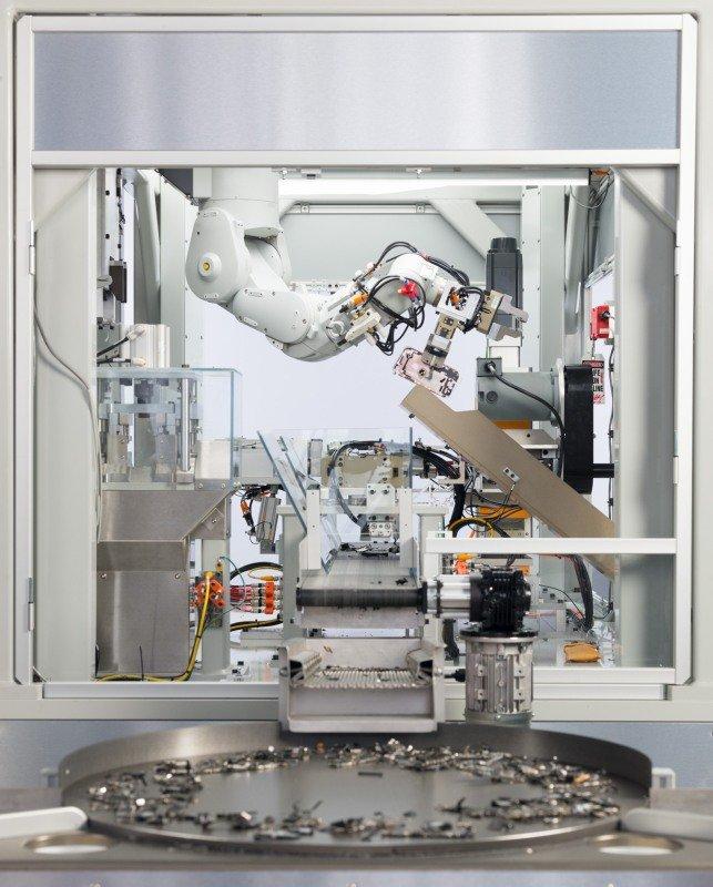 Apple, Yeni Geri Dönüşüm Robotunu Gösterdi!