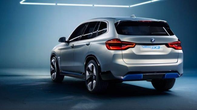 BMW, İlk Tam Elektrikli SUV Otomobilini Tanıttı