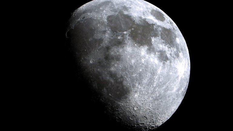 Çin, Uzaya Sahte Bir Ay Yollamayı Planlıyor