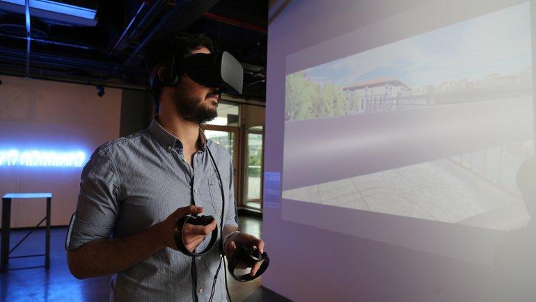 En yeni teknolojik ve bilimsel unsurlar sanatla buluşuyor
