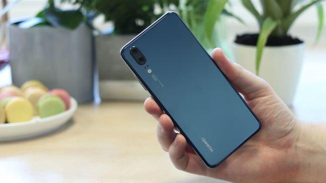 Honor 10 mu Yoksa Huawei P20 mi?