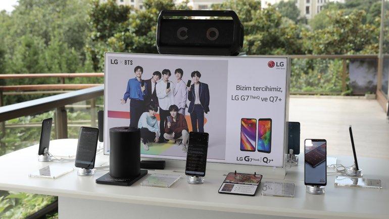 Boombox Hoparlör ile stereo sesi yaratabiliyor!