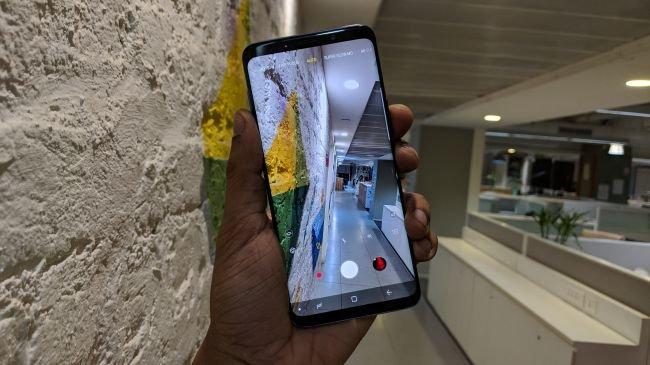 2. Galaxy S9 Plus