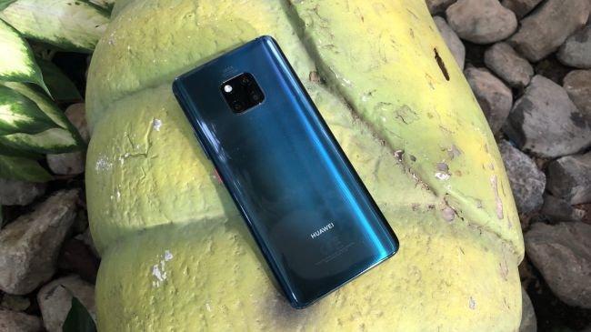 Huawei, Samsung'u geçip zirvede olmaya kararlı!