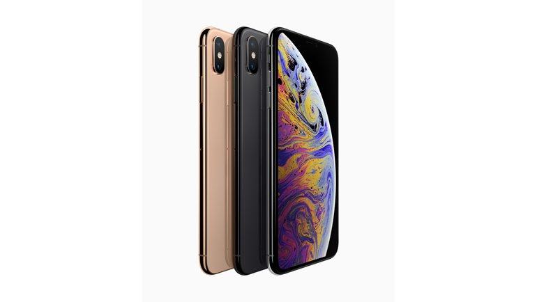 Özel OLED ekranlı iPhone XS