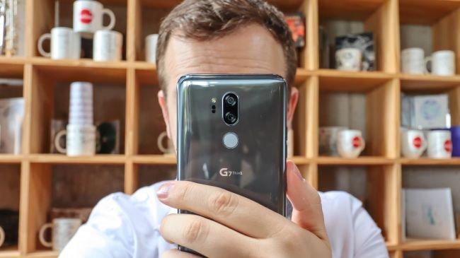 MWC 2019 iddiası: LG G8 bağlı çift ekranla gelecek