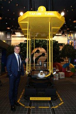 Turkcell'den 25'inci Yıla Özel Nostaljik Mağaza!