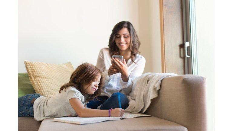 Dijital Anneler Her Gün Mobil Oyun Oynuyor!