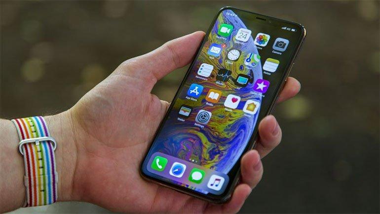Apple, Tartışmalı Pil İşlevini Savundu!