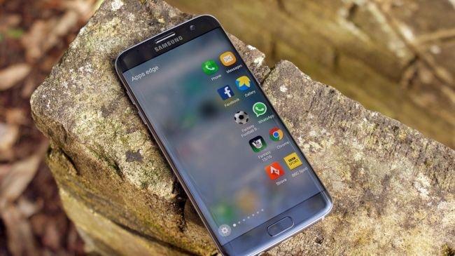2. Samsung Galaxy S7 Edge