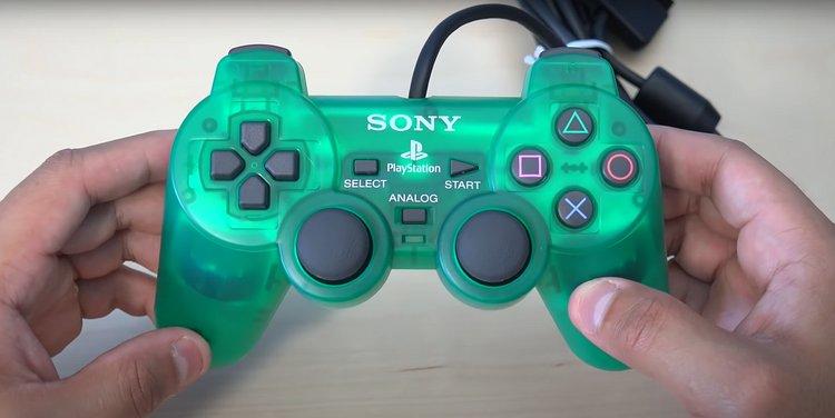 DualShock 2 (2000)