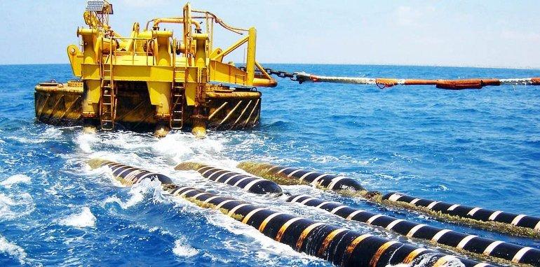 Okyanus ve Deniz Kabloları Nasıl Döşeniyor?