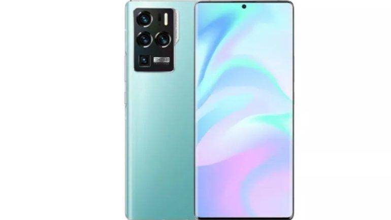 ZTE Axon 30 Ultra 5G, Sıra Dışı Bir Kamera ile Tanıtıldı