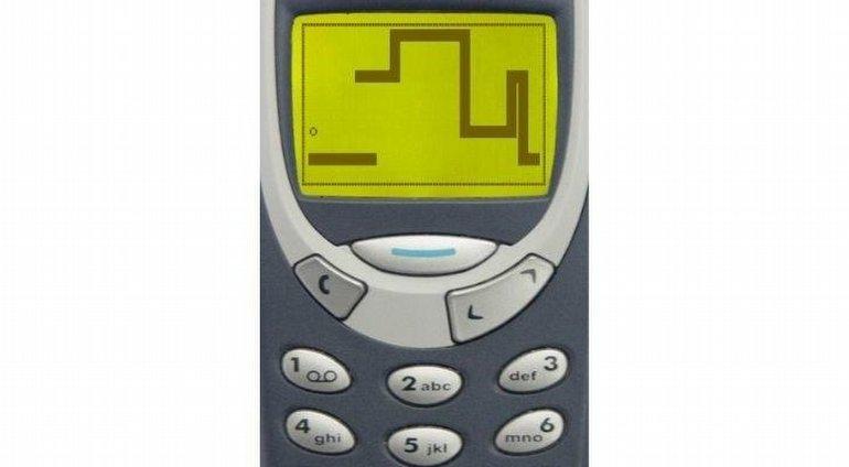 """Asla Unutmayacağımız, 9 Efsane """"Akılsız Telefon"""" Özelliği"""
