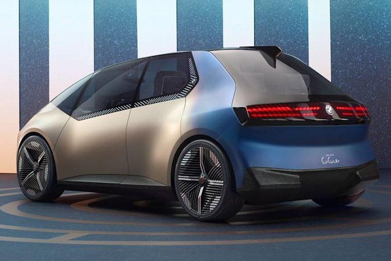 BMW Yine Bir Şeyler Deniyor: i Vision Circular, Hiç Bir BMW'ye Benzemiyor!